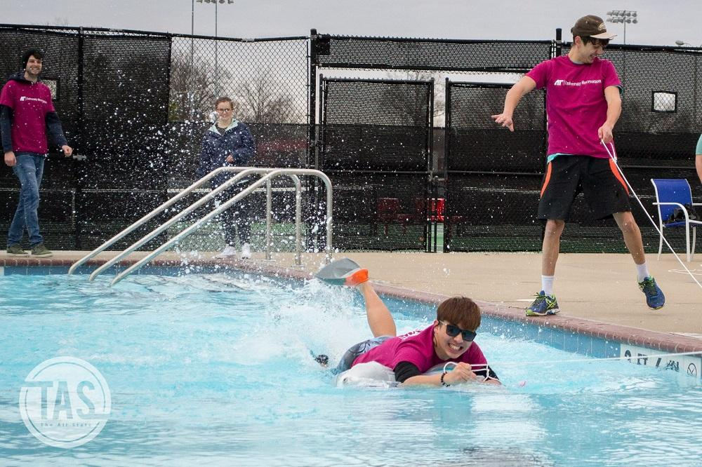 Exchange Students Participating in the Polar Plunge