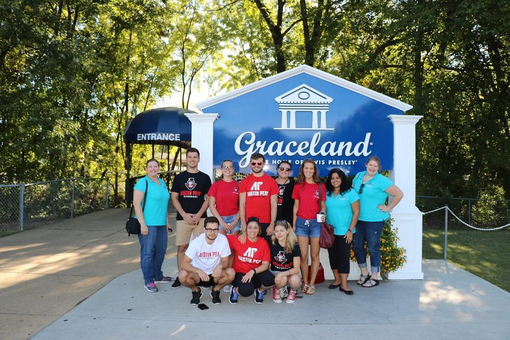 Trip to Graceland, Home of Elvis Presley