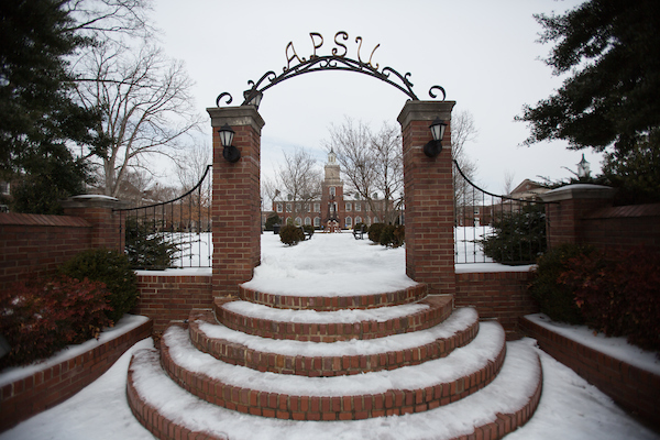 A snowy winter day at APSU