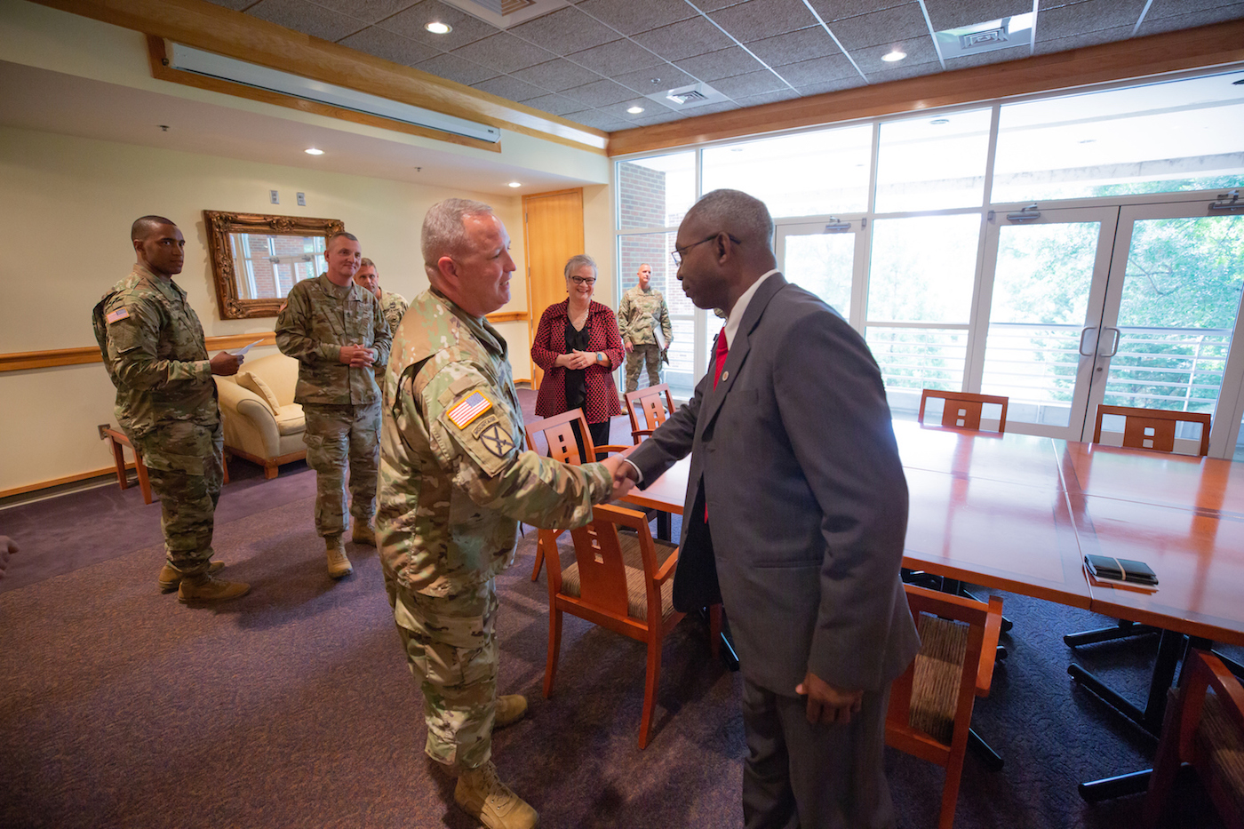 Austin Peay, National Guard partner on tuition deferment program