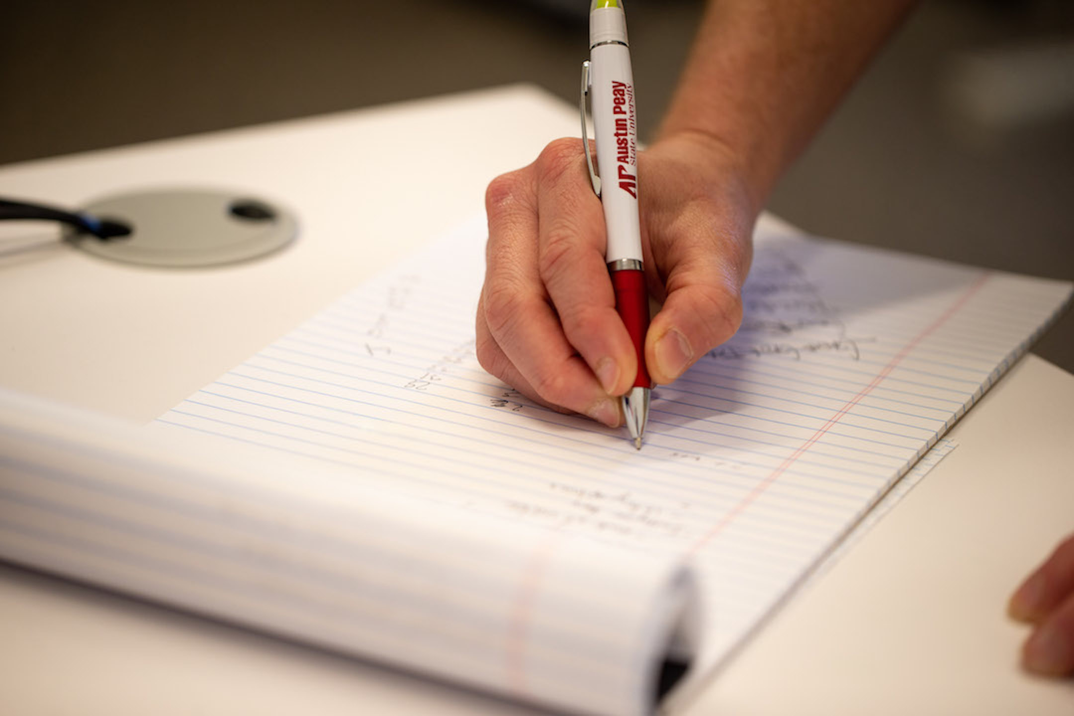 Austin Peay alum to offer creative writing classes for students to tap into their creative side