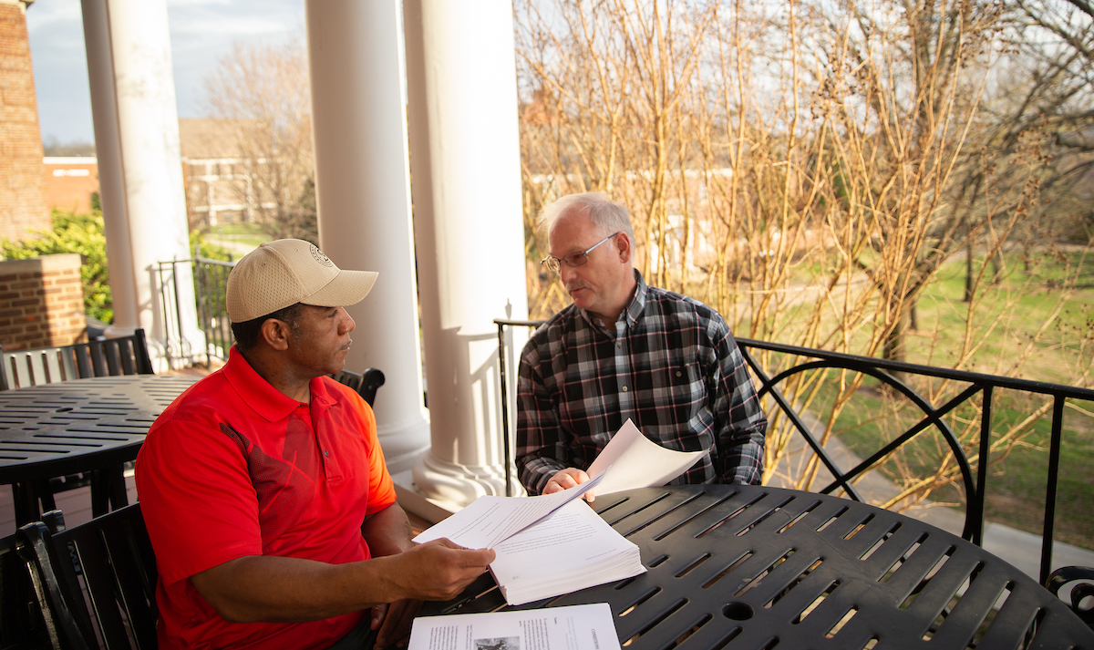 Community School for the Arts offers writing class to veterans, families