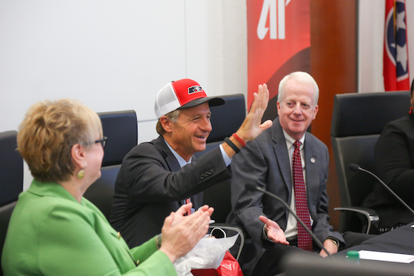 Gov. Haslam wearing APSU hat.