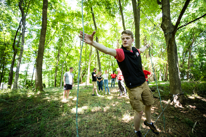 APSU's Govs Outdoors creates teambuilding ropes course