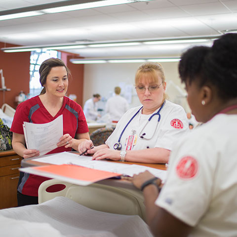 Nursing students work in McCord lab